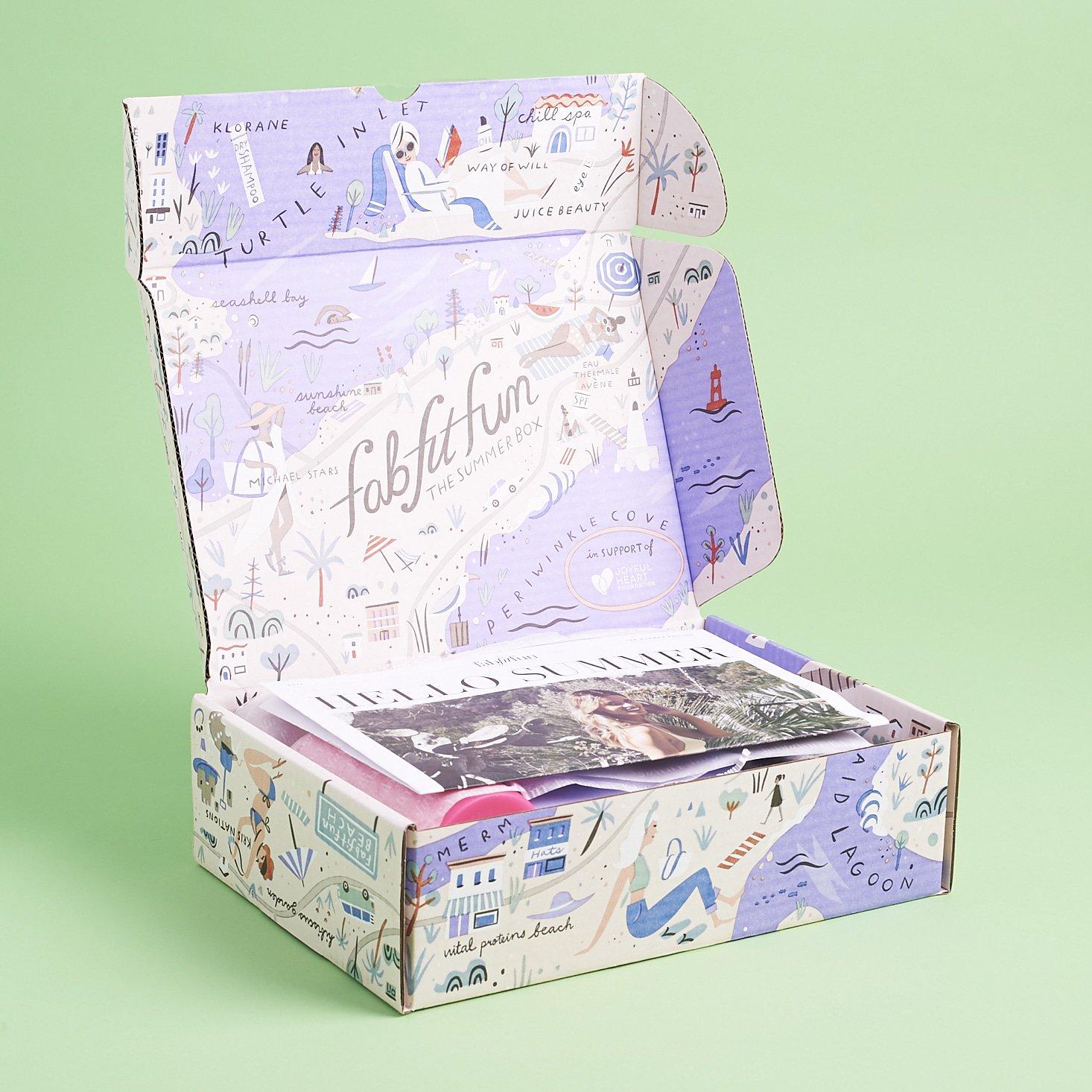 FabFitFun-Summer-Box-2017-0004-733x733@2x